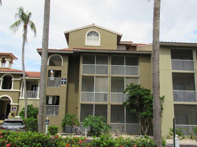 apartment stucco paint balcony exterior renovation(2)