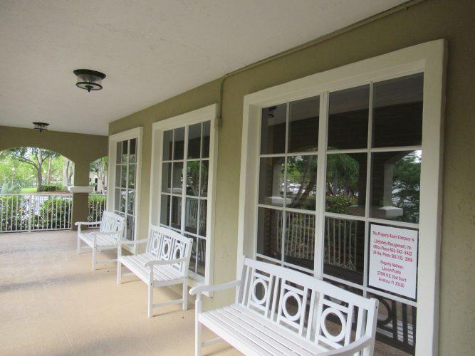 apartment stucco paint porch lenai exterior renovation(3)