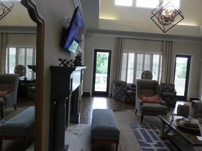 lounge lobby fireplace